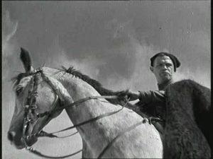 Чапаев на коне. Кадр из фильма «Чапаев» (1934).