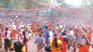Фестиваль в честь годовщины восстания Бхумкал. Фото Арундати Рой