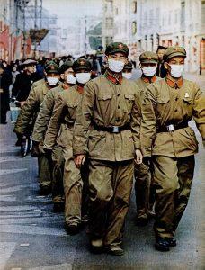 Солдаты НОАК в Гуанчжоу. Журнал «Лайф» (Life), 20 января 1967 г.