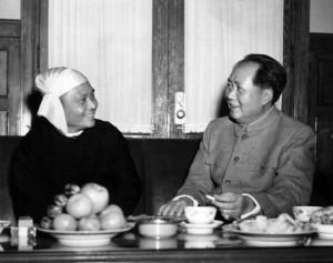 Мао Цзэдун беседует с У Ну (5 декабря 1954 г.)